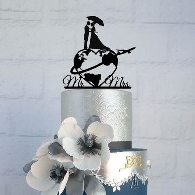 A Digital file Travel world map Wedding cake topper with name, world map cake topper