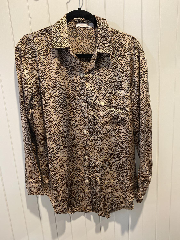 Leopard Button Through Silky Long Sleeve Top A51031