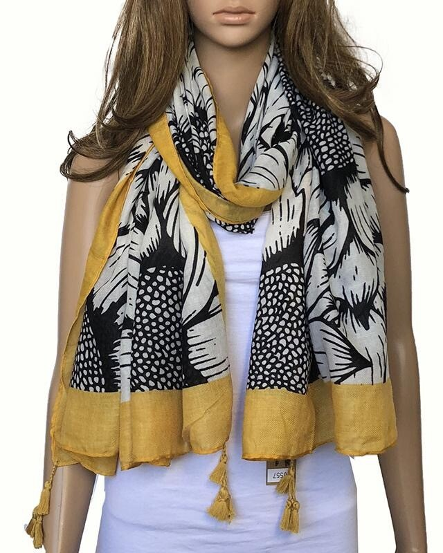 Yellow And Black Scarf S6557