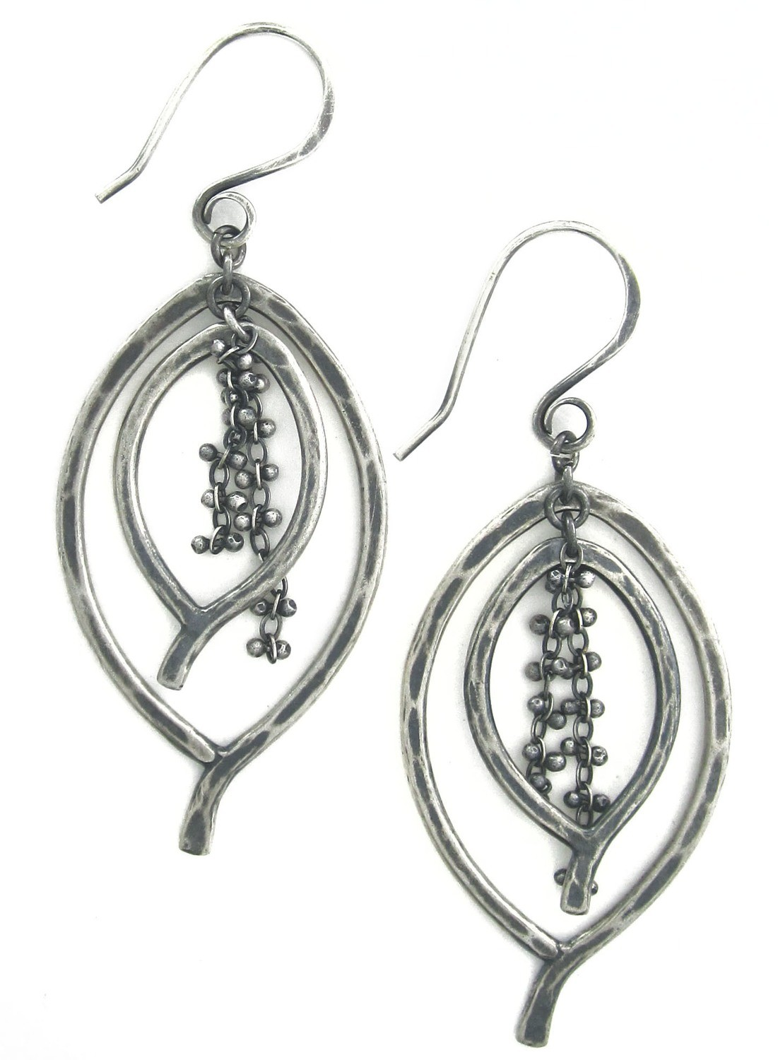 Double Leaf Caviar Earring Small