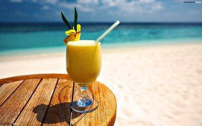 Cocktails at the Beach Bar
