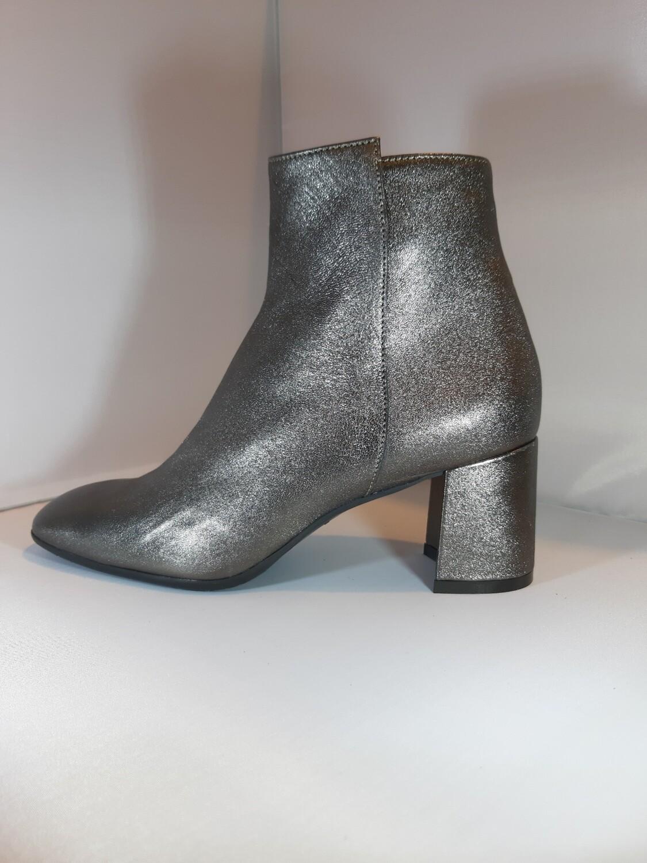 Legazzelle   Boot metallic antraciet