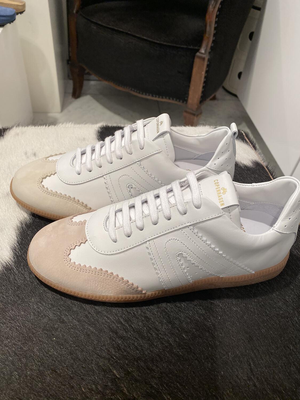 Copenhagen / sneaker wit met beige top