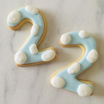 Lot de 10 biscuits chiffre nuage