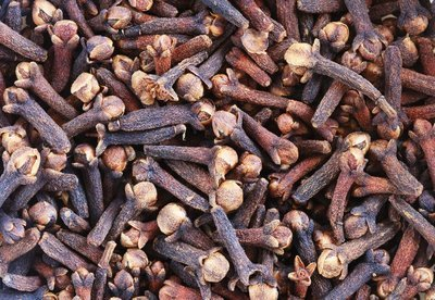 Clove Bud Pure Essential Oil Analysis Report