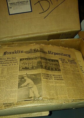 Singles newspapers - boxed