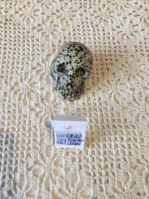 Sk103 Dalmation Jasper Skull