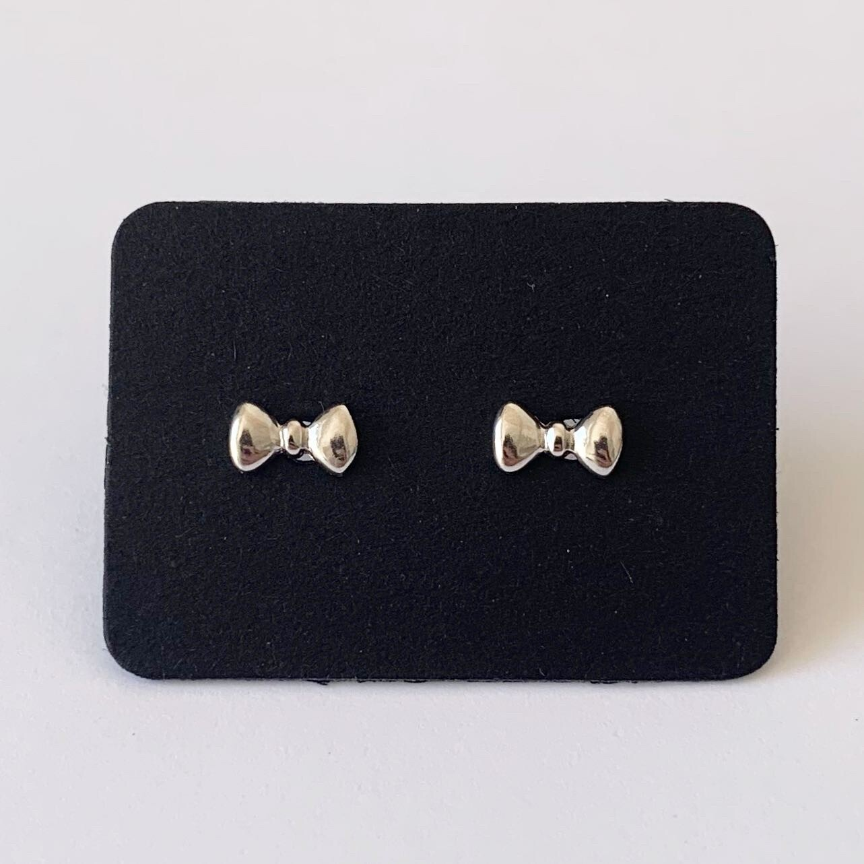 Tiny bow knopjes 925 sterling zilver