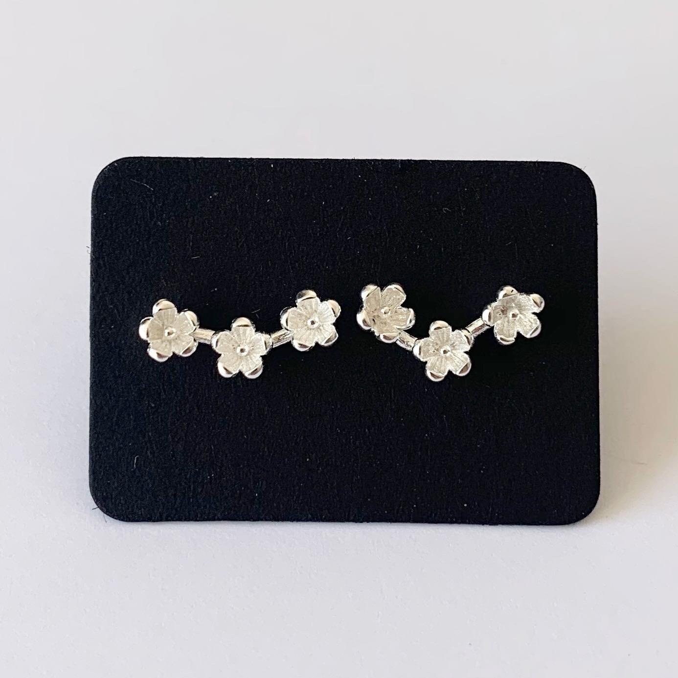 Tiny flowers knopjes 925 sterling zilver