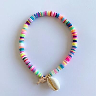 Gekleurde enkelband met schelp en palmboom
