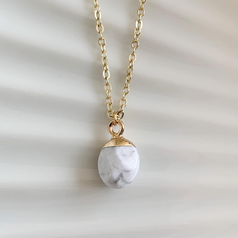 Ronde natuursteen ketting marmer/goud
