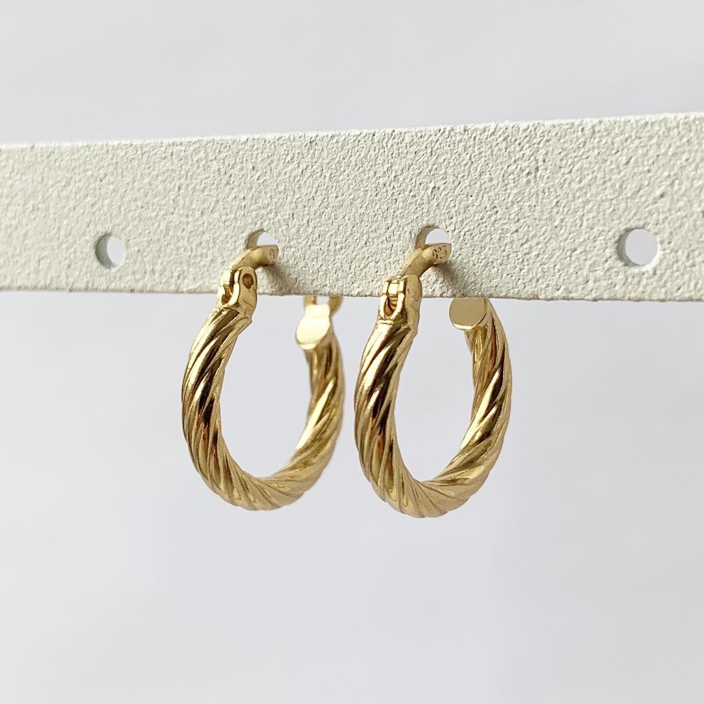 Twist oorringetjes gold plated