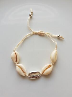 Schelpen armband met zilver