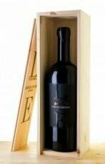 Tagaro LE Limited Edition Primitivo + wooden case - 75cl