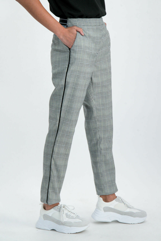 Pants check