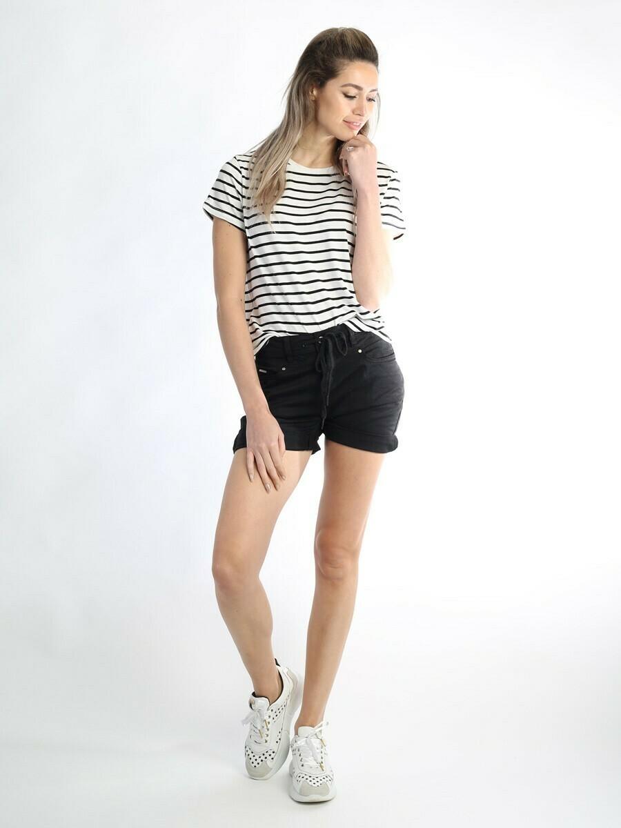 Short Ashley