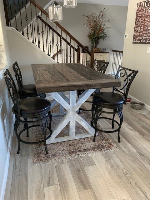 Glacier Bar Height Dining Table