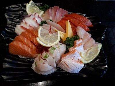 Mega Sashimi