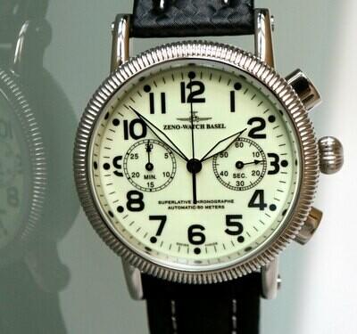 Zeno Watch Nostalgia Lumi Chronograph 2030 - 2 Jahre Garantie, inkl. Uhrenbeweger!