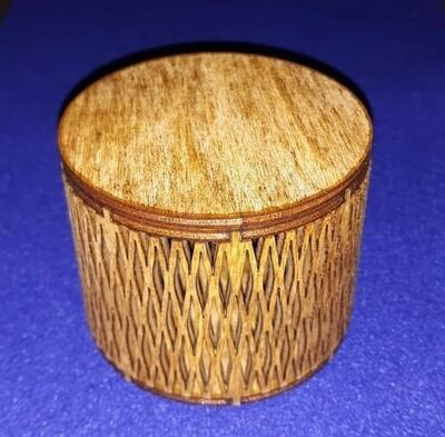 Living hinge small trinket box with lid
