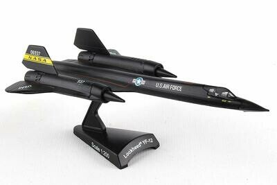 Daron Worldwide Trading SR-71 Blackbird Vehicle (1:200 Scale)
