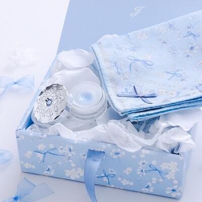 ジルスチュアート リップバーム & ハンカチ セット (Something Pure Blue)