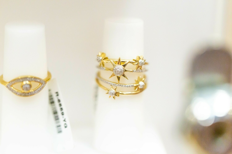 Shooting Star Diamond Ring