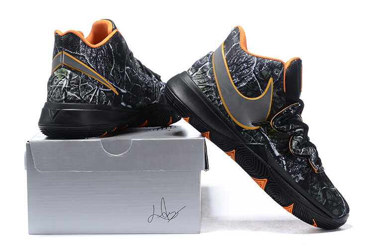 Kyrie 5 Magic Black  Basketball Shoes