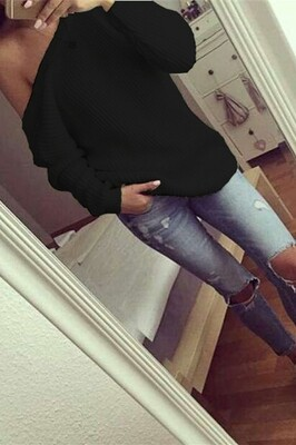 Black bel knitted sweater