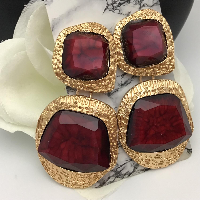Red Entourage Dangled Earring