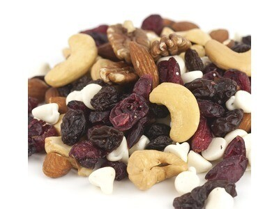 Raspberry Nut Supreme Snack Mix