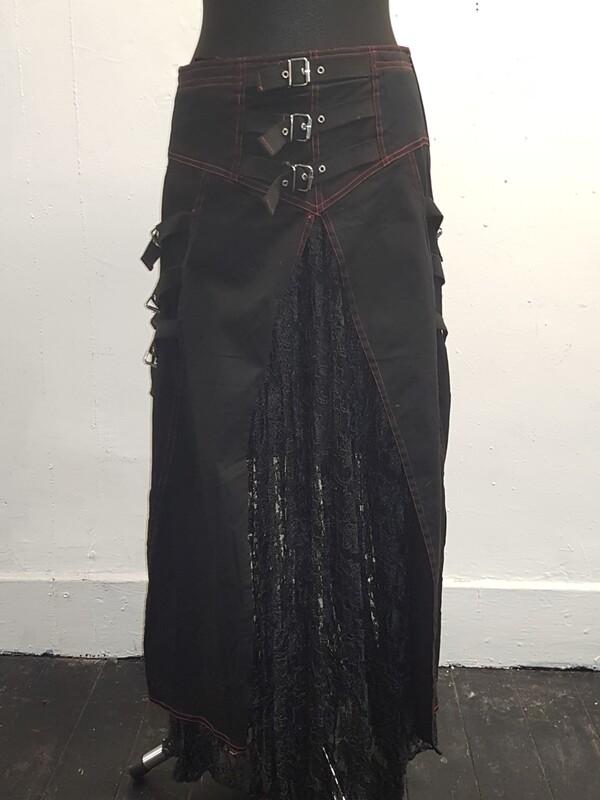 Dark star split front gothic