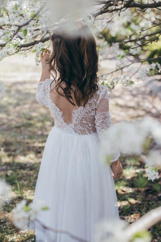 Juliette Dress Long Sleeves V Back | White