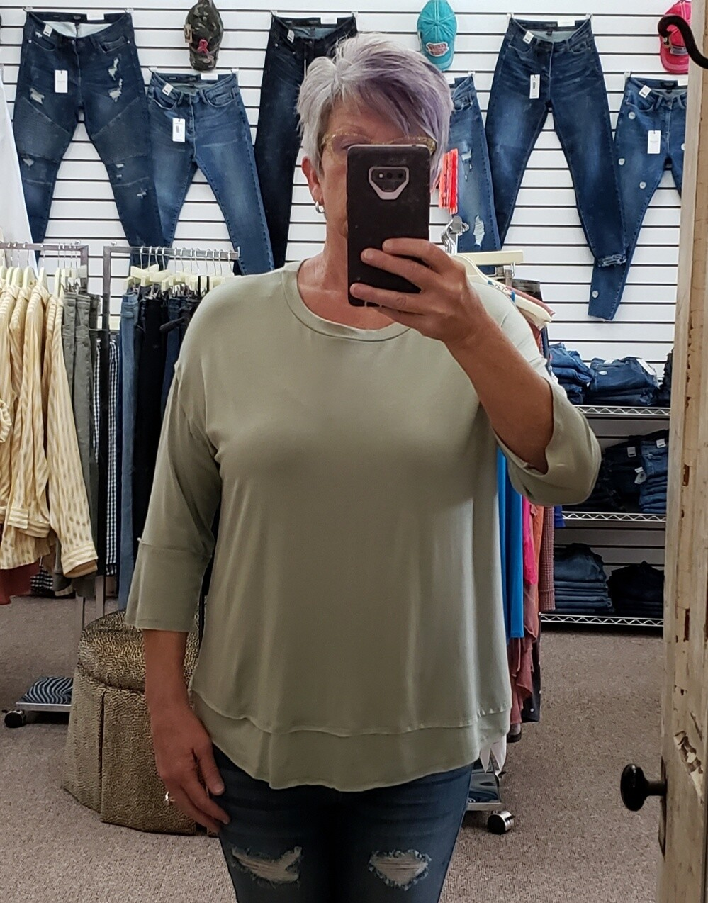 3/4 Sleeve Solid Top L to S!!