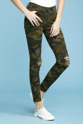 Judy Blue Camo Distressed Jeans Not many Left!!
