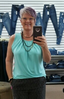 Front Pleat Top 3X to S!!