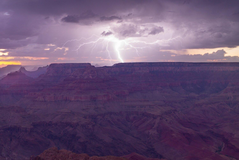Navajo Waters No. 7 (Big Light)
