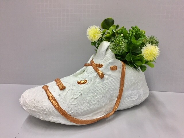 Shoe flower pot