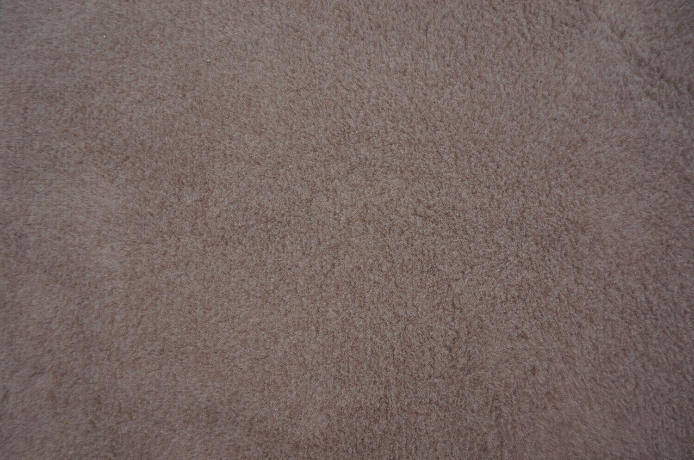 {15 x Metre Roll} : Ultra Premium - Green Backing : Plain Mink - Ref : (3240)