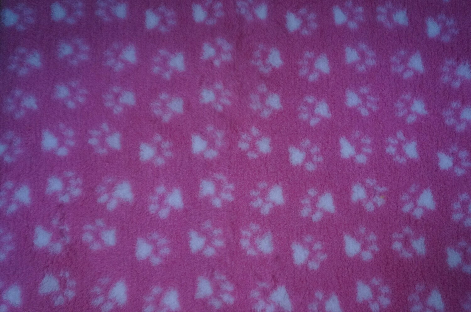 {15 x Metre Roll} : Ultra Premium - Non Slip Backing :  Pink with White Paws - Ref : (6282)
