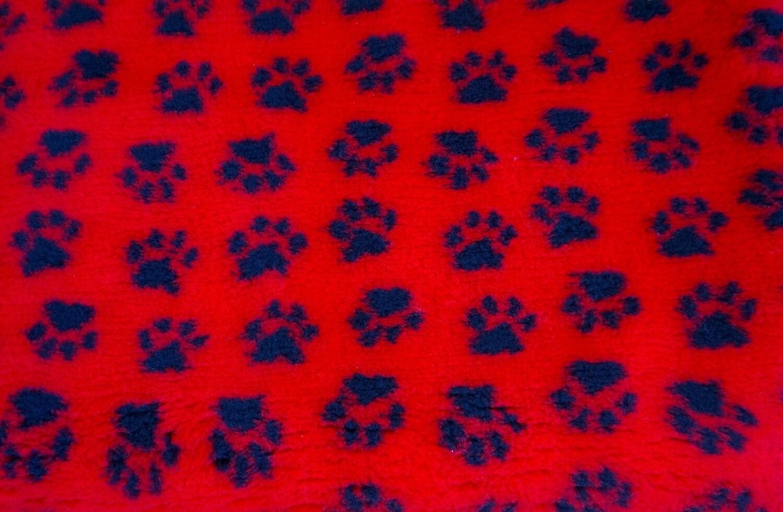 { Single Sheets }  Ultra Premium Non-Slip Backing Original Vet Bedding Fleece : Red with Black Paws - Ref : (6262)