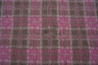 {15 x Metre Roll} : Ultra Premium - Non Slip Backing :  Mink and Pink Diamond Tartan - Ref : (6298)