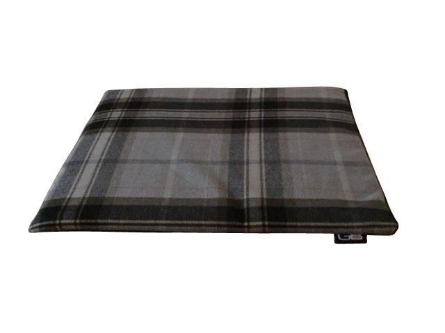 "Pet Crate Mats 5cm (2"") Thick - Zip Off Covers - Waterproof 600 Denier Base - Universal Sizes"