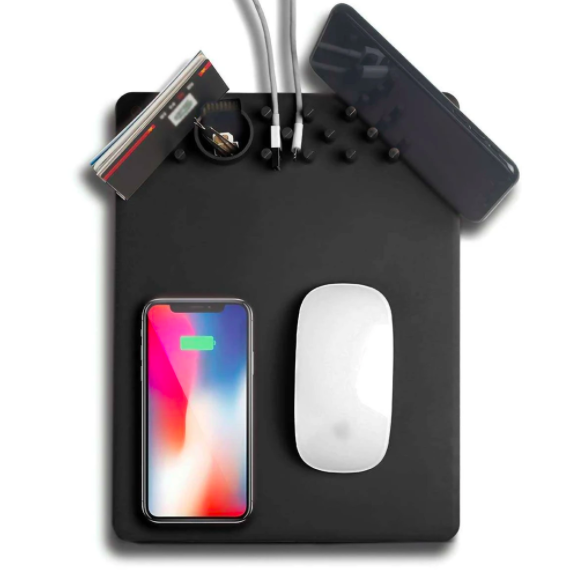 Black Mad Charging mousepad