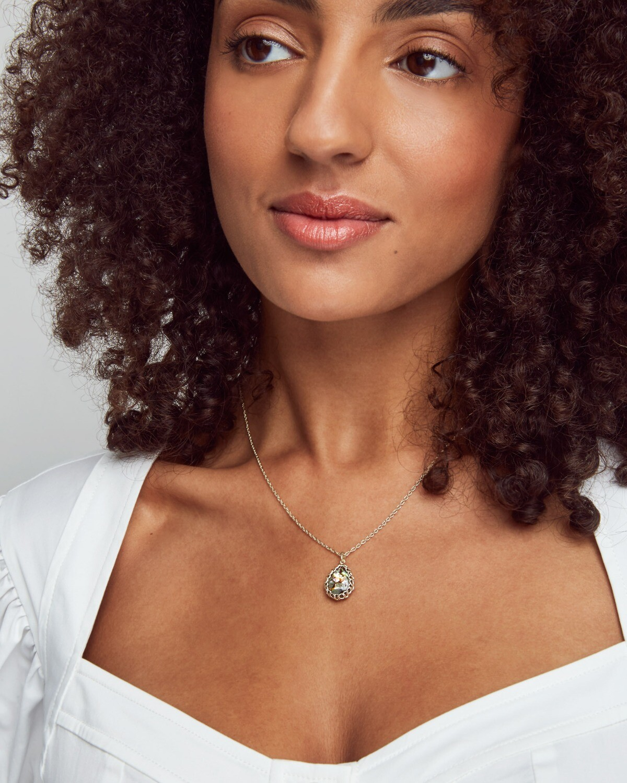 Kendra Scott Macrame Dee Gold Pendant Necklace In Nude Abalone