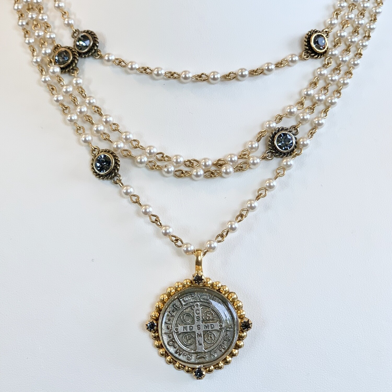 VSA San Benito Magdalena, 4mm Crystal Pearl, Gold
