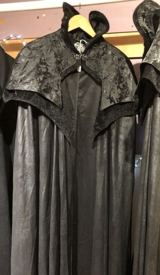 Cape Gothic Vampire, High Collar