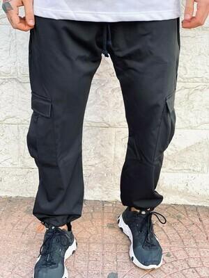 Pantalone Cargo in tessuto elastico perfetta vestibilità colore nero scuro