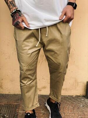 Pantalone Cropped in tessuto morbido color sabbia