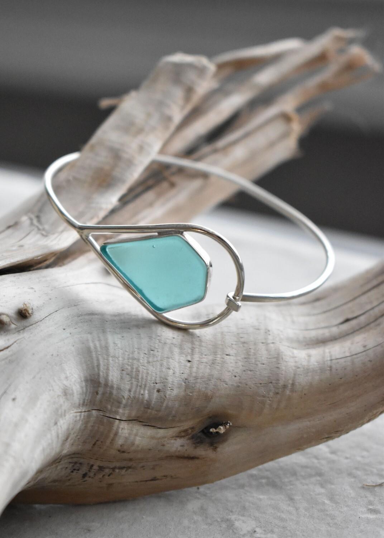 Sterling Silver Bezeled Seaglass Bangle Bracelet